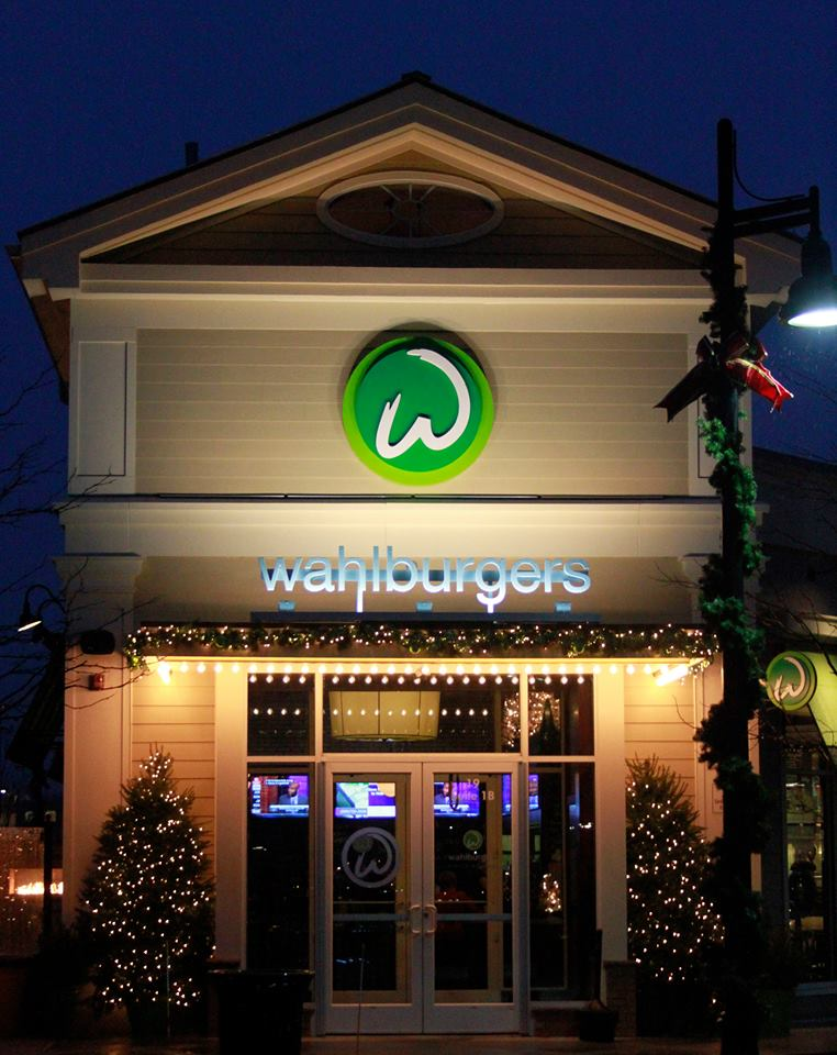 The Wahlburgers Premiere Tickets Sold Out in under an hour - how?